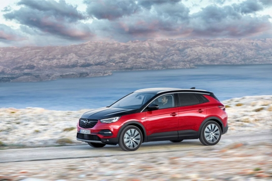 NEW OPEL GRANDLAND X HYBRID, AVAILABLE TO ORDER. HOW MUCH DOES IT COST IN LATVIA?
